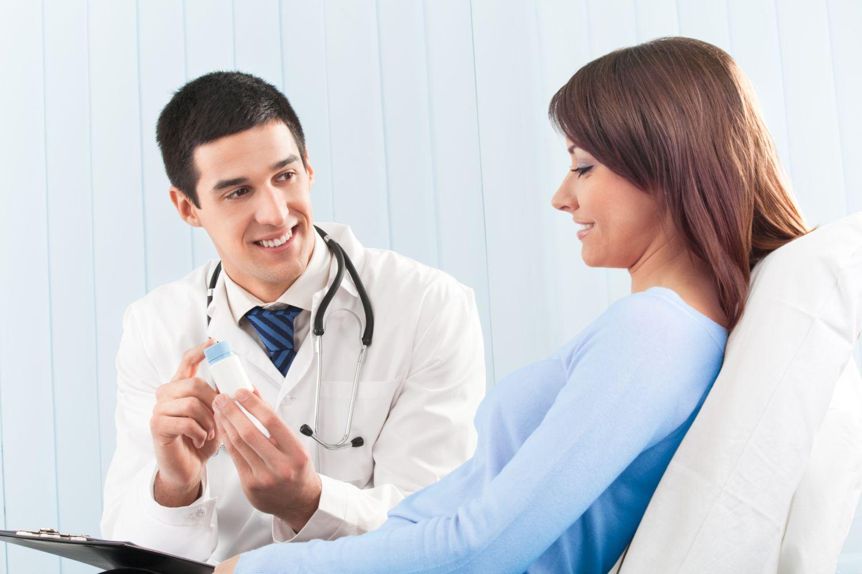 Фото женщина на осмотре у врача 19 фотография