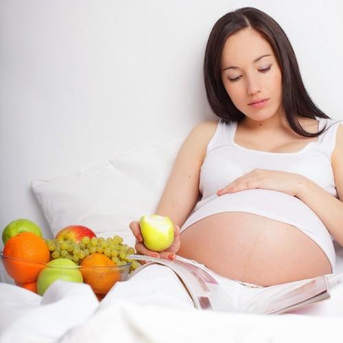 Какие лучше витамины для беременных на раннем сроке