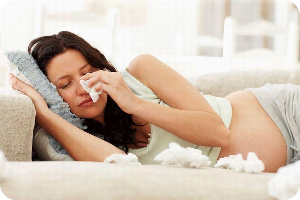 При беременности на ранних сроках насморк