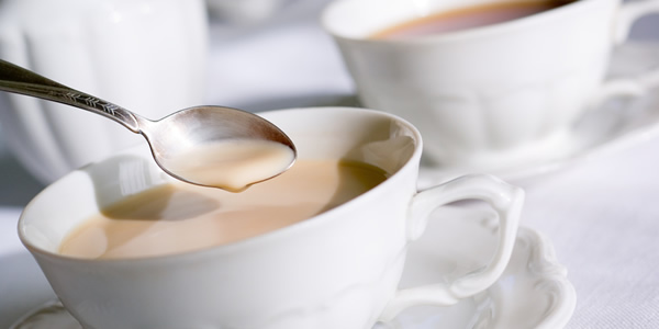 Чем полезен чай с молоком беременным