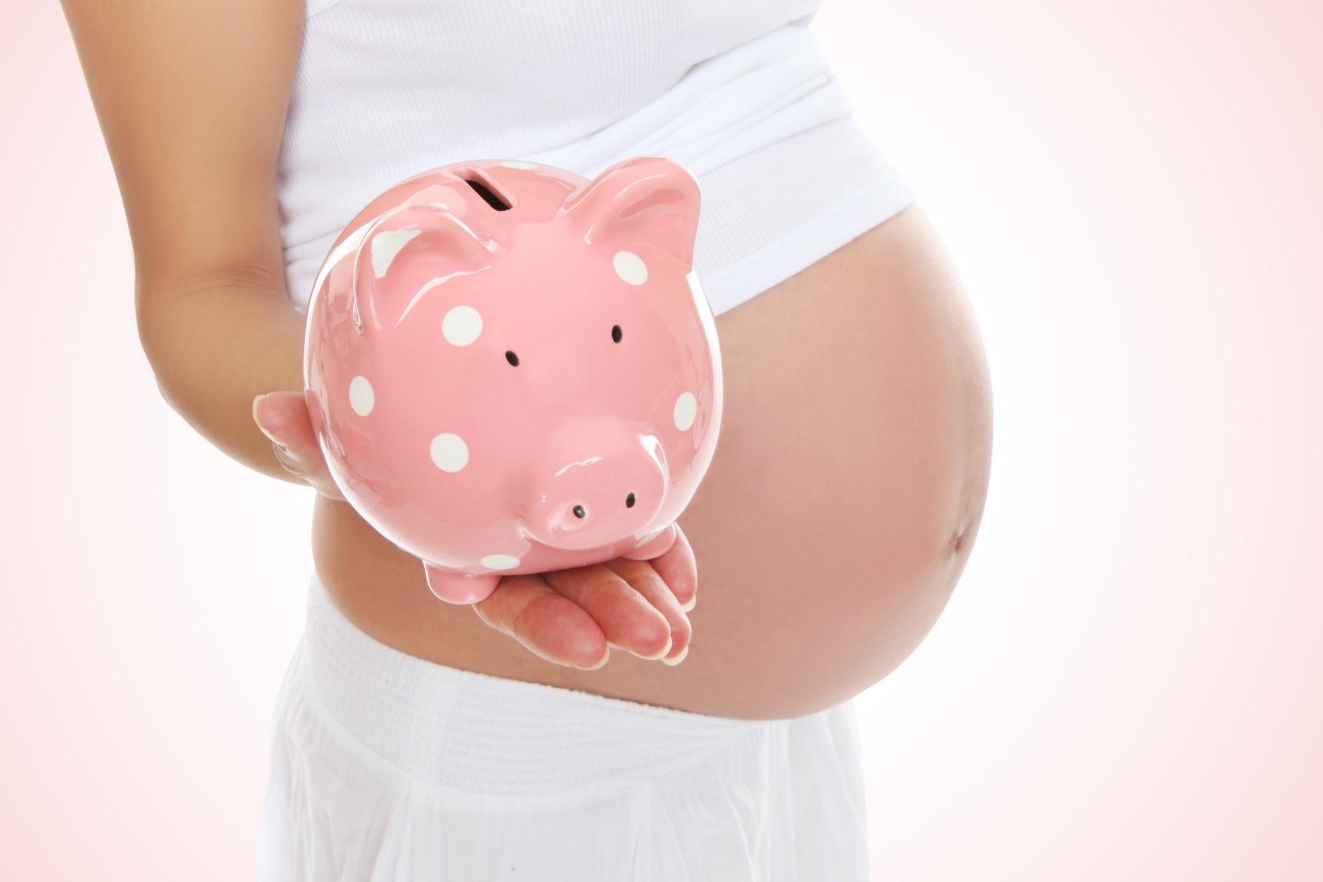Как встать на учет в соцзащиту беременной
