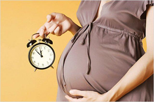 Может ли беременная женщина работать до родов по собственному желанию 90