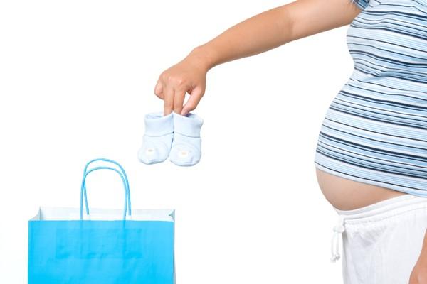 Что нужно брать с собой в роддом беременной женщине 58