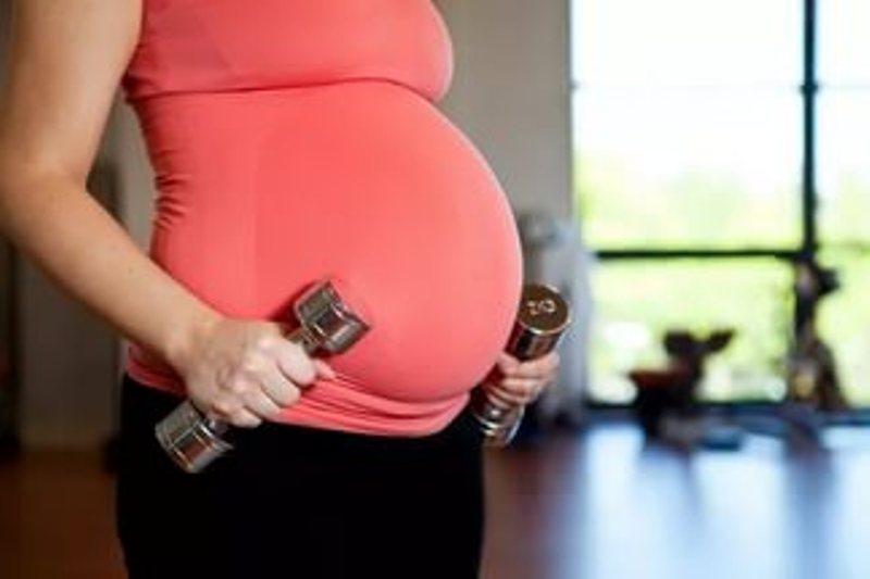 Живот во время беременности каменеет живот