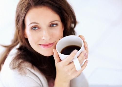 Women-drinking-coffee1-1024x789