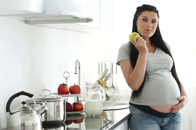 Беременные сидят на диете