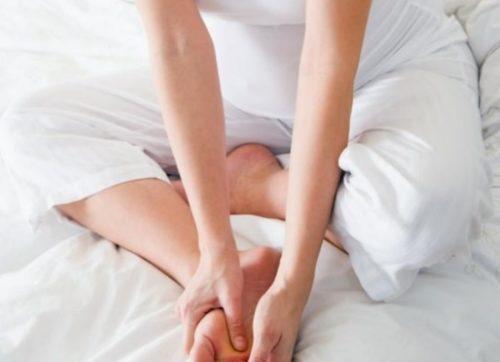 Отекают ноги при беременности — что делать. Почему отекают ноги при беременности