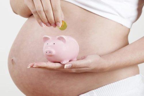 Особенности выплаты пособия по беременности и родам: назначение, сроки перечисления и другие нюансы