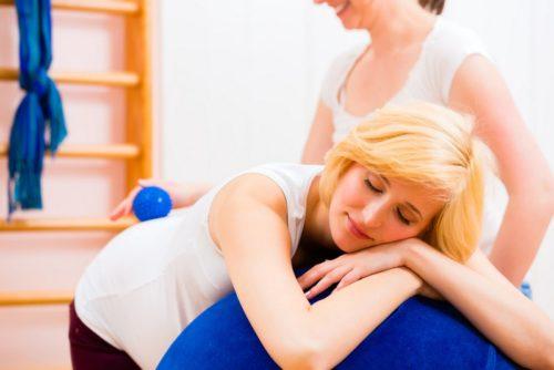 Болит таз когда лежу на боку при беременности