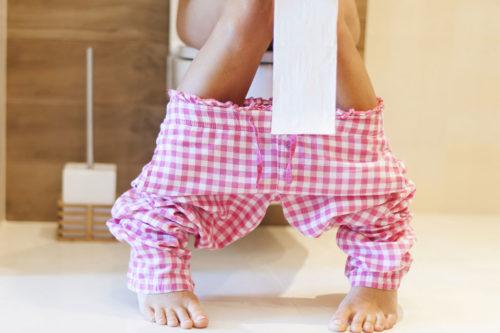 Белые жидкие выделения при беременности