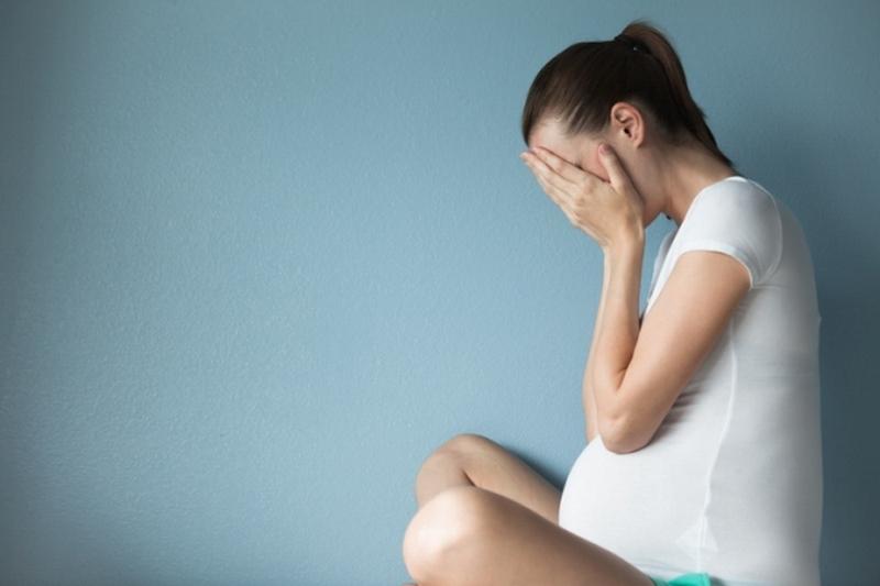 опасно ли чихать при беременности